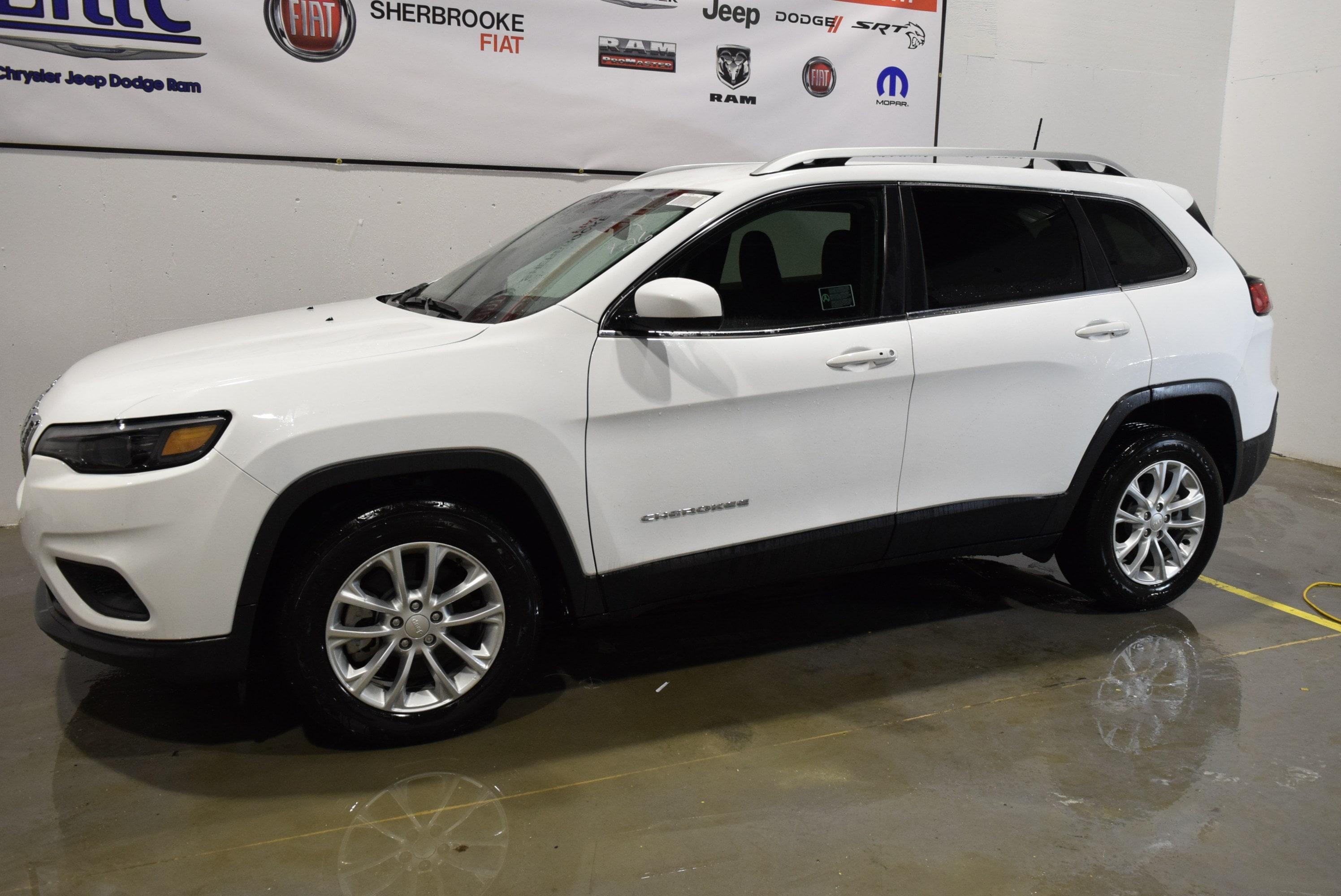 2019 Jeep Cherokee North 4X2+2.0 litres Turbo+Rabais VUS