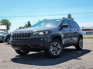 New 2019 Jeep New Cherokee Trailhawk Wagon 19176 in Embrun, ON