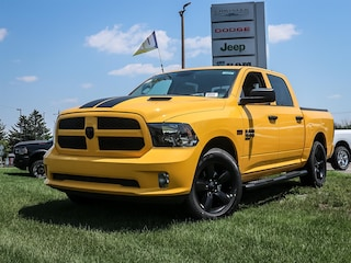 New 2019 Ram 1500 Classic Express Stinger Yellow Pickup Truck 19204 in Embrun, ON