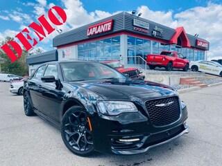 2019 Chrysler 300 S/SRT Appearance Pkg/Dual Pane Sunroof/Adaptive Cr Sedan