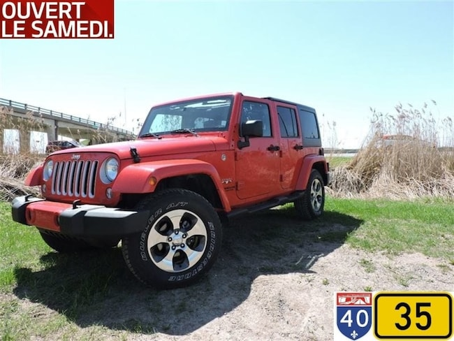 2017 Jeep Wrangler Unlimited Sahara NAV  Demareur VUS