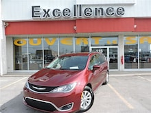 2017 Chrysler Pacifica Touring-L..Stow AND GO..Camera DE Recul