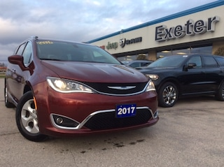 2017 Chrysler Pacifica Touring-L Plus l Heated Seats & Wheel l NAV l Safe Van Passenger Van