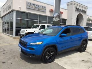 2018 Jeep Cherokee Limited l 4X4 l NAV l Pano Roof l TOW PKG l SUV