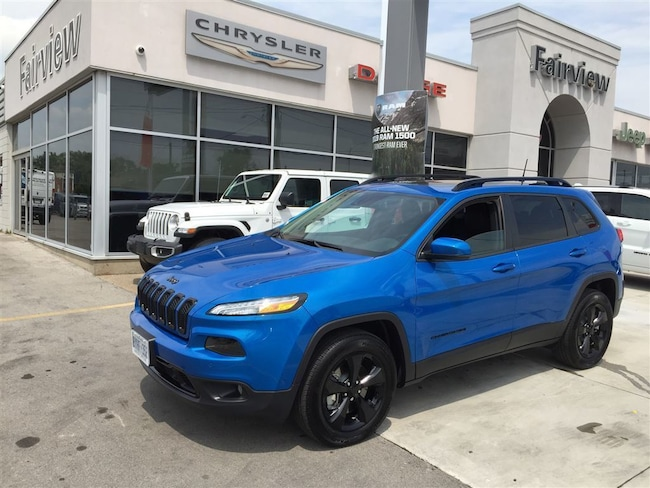 Used 2018 Jeep Cherokee Limited l 4X4 l NAV l Pano Roof l TOW PKG l SUV Hamilton ON
