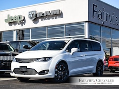 2020 Chrysler Pacifica Touring-L Plus 35th Anniversary Edition Van l HARMAN/KARDON l NAV l S APPEARANCE PKG l