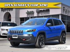 2019 Jeep New Cherokee Trailhawk SUV | PANO ROOF | NAV | HEATED SEATS |