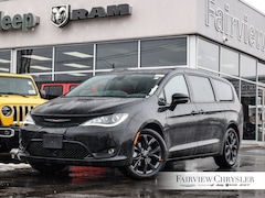 2020 Chrysler Pacifica Limited Van l RED LEATHER l DUAL DVD l S-PKG l