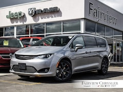 2019 Chrysler Pacifica Touring-L Plus Van | DVD | PANO ROOF | S APPEARANCE PKG |