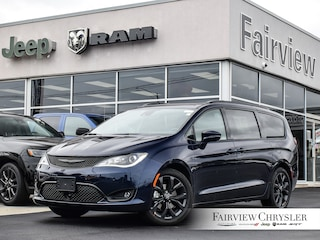 2020 Chrysler Pacifica Limited 35th Anniversary Edition Van l HARMAN/KARDON l S PKG. l