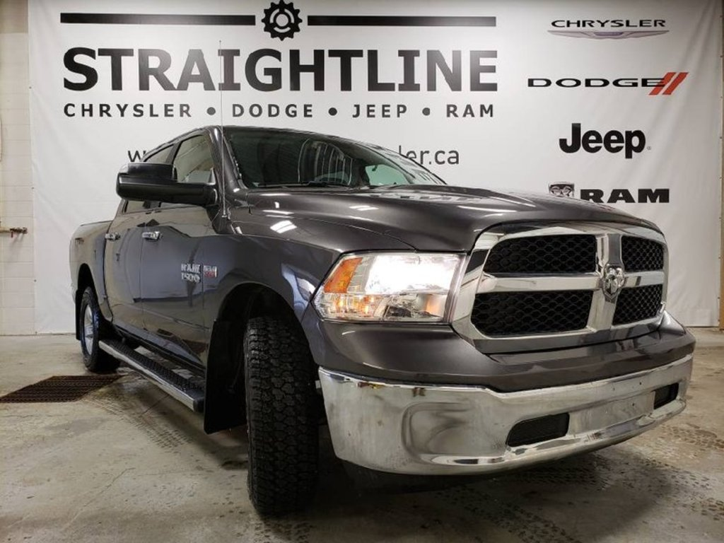 2017 Ram 1500 SLT-Trailer Tow, Remote Start, Hemi, Back Up Camer Truck Crew Cab