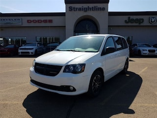 2017 Dodge Grand Caravan SXT Blacktop- LOW KMS Dealer Demo Unit!!!! Van