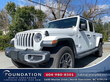 2021 Jeep Gladiator Overland 4x4 Crew Cab 5 ft. box 4x4