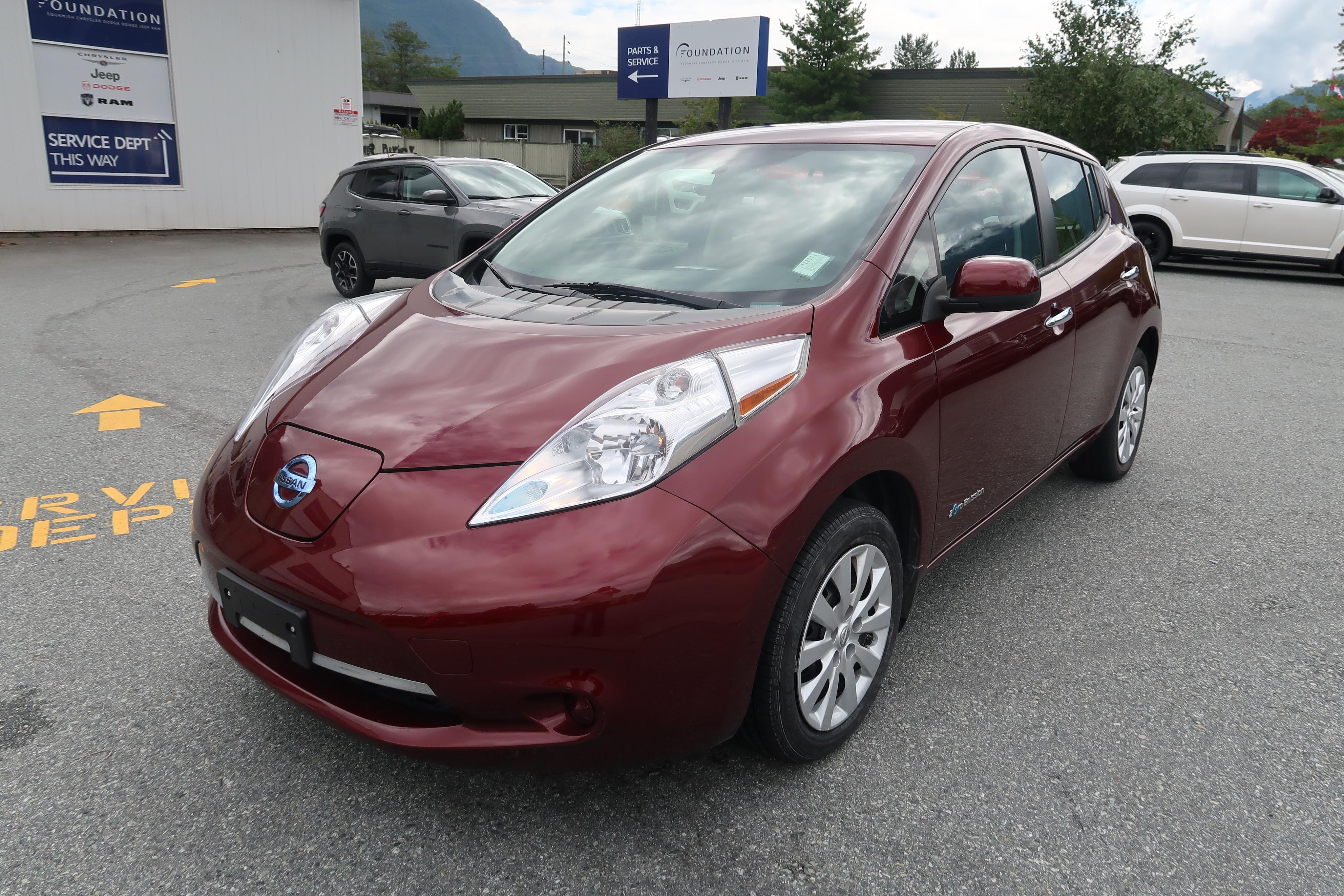2016 Nissan Leaf S Hatchback