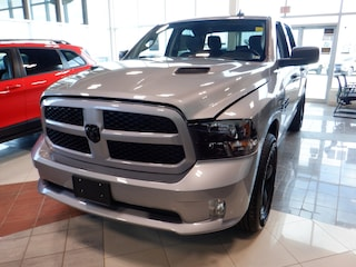 New 2021 Ram 1500 Classic Express 4x4 Crew Cab 5.6 ft. box 140 in. WB for sale in Oshawa, ON