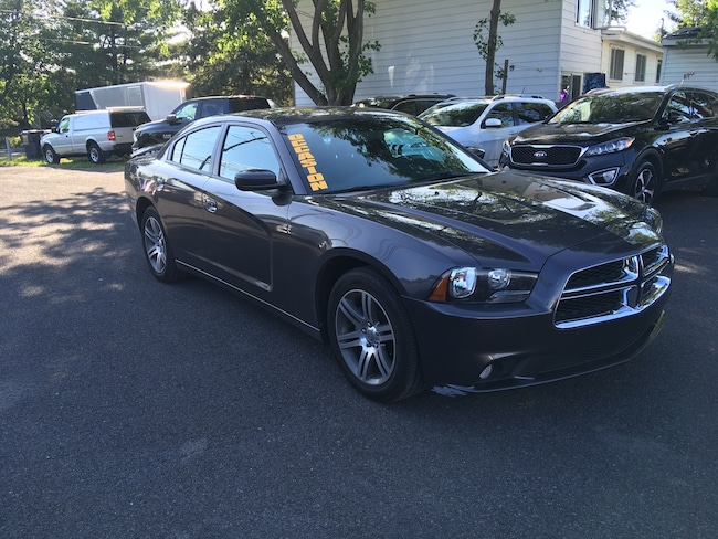2014 Dodge Charger 2014 Dodge Charger - 4dr Sdn SXT RWD Berline
