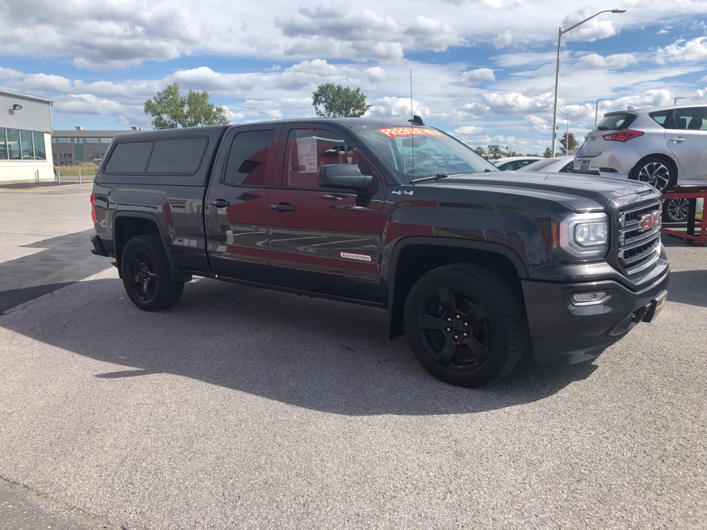 2016 GMC Sierra 1500 4X4 Camion cabine double