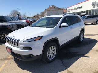 Demo Clearance 2017 Jeep Cherokee North SUV for sale near you in Ingersoll, ON