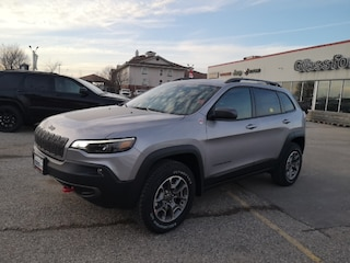 New 2020 Jeep Cherokee Trailhawk Elite SUV 20-063 for sale in Ingersoll, ON
