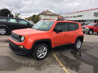 New Vehicles for sale 2018 Jeep Renegade Sport SUV ZACCJAAB9JPJ17939 in Ingersoll, ON