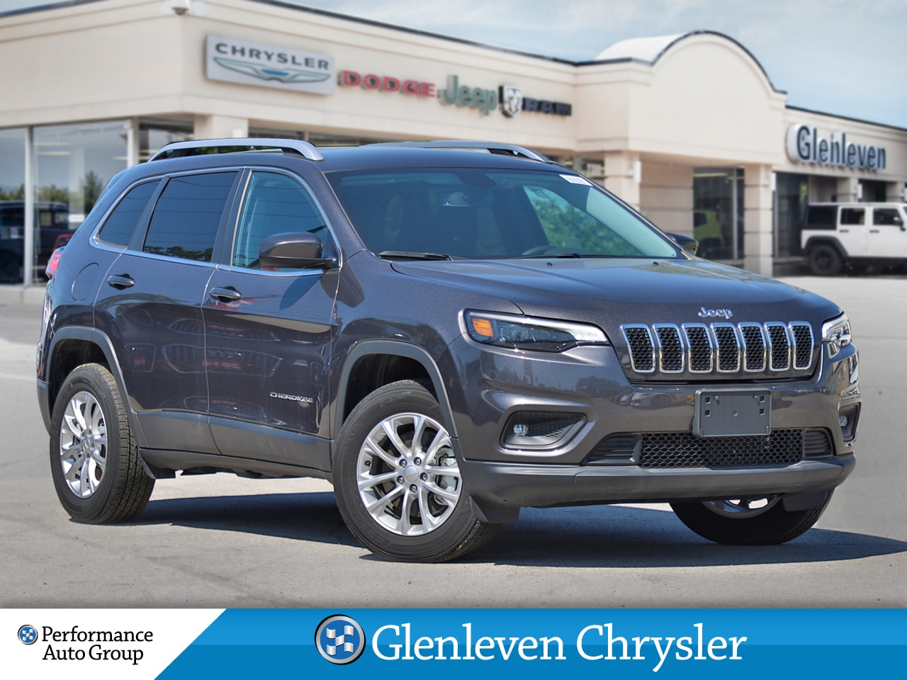 2019 Jeep New Cherokee North back up camera remote start pwr liftgate SUV