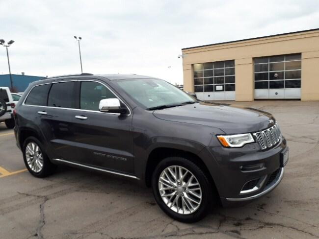 2018 Jeep Grand Cherokee Demo Sale, Summit, V6 SUV