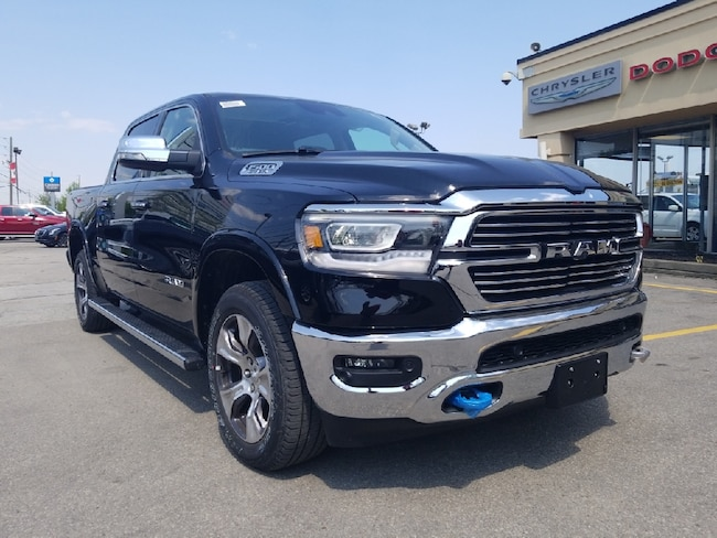 2019 Ram All-New 1500 Laramie panoroof 12inch touch screen Truck Crew Cab