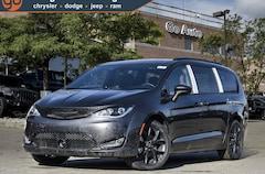 2020 Chrysler Pacifica Touring-L 35th Anniversary Minivan