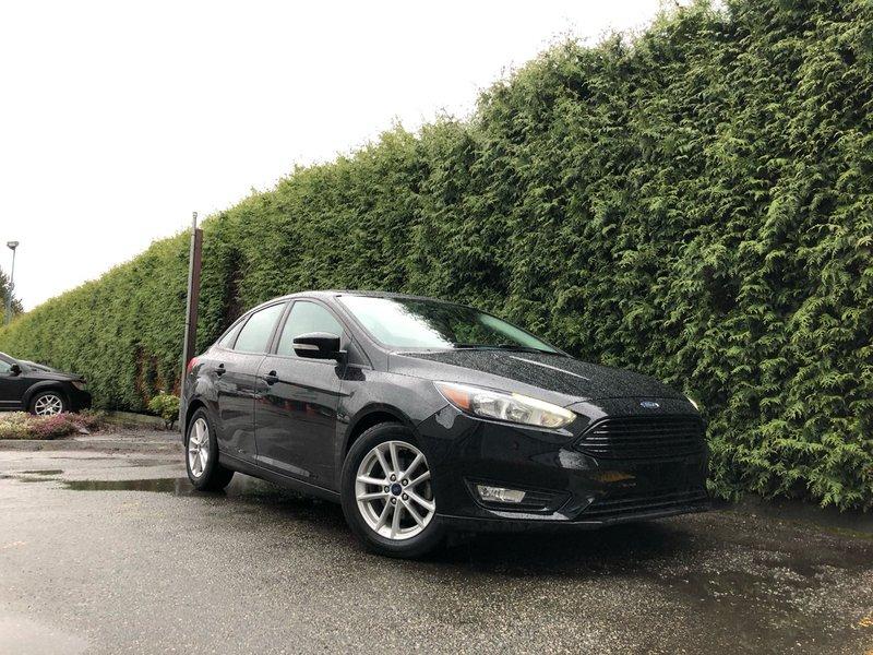 2017 Ford Focus SEL + Navigation + Cloth Heated FT Seats + Back-UP Sedan