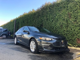 2018 Chevrolet Malibu LT 4dr FWD Sedan + Back-UP CAM + Power Driver Seat Sedan