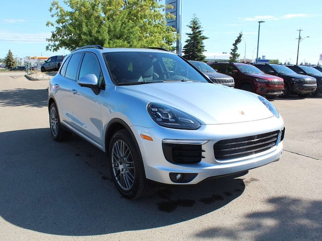 2016 Porsche Cayenne 3.6L V6 Engine, ALL Wheel Drive, Leather Seats, Cl SUV