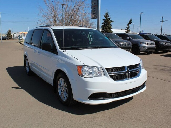 2014 Dodge Grand Caravan SXT; 3.6L V6 Engine, Front Wheel Drive, Navigation Minivan