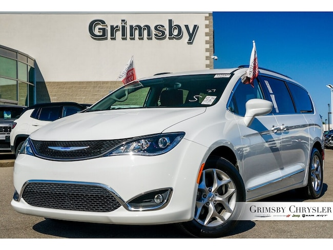 2018 Chrysler Pacifica Touring-L Plus 8 Passenger Leather DVD