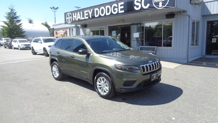 2019 Jeep New Cherokee SPORT -- 4X4 -- DEMO UNIT -- LOW LOW KMS! SUV
