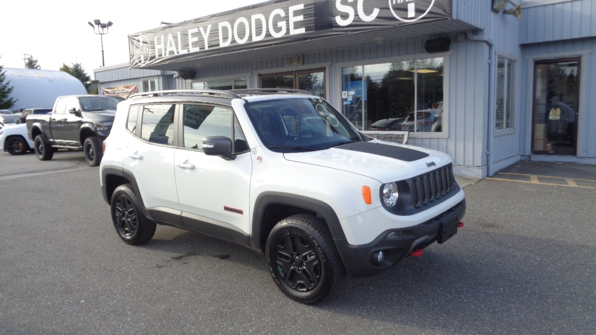 2018 Jeep Renegade TRAILHAWK -- BIG ROOF -- DEMO UNIT! SUV