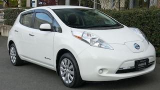 2016 Nissan LEAF 140KM RANGE -- NO MORE GAS PUMPS! Hatchback