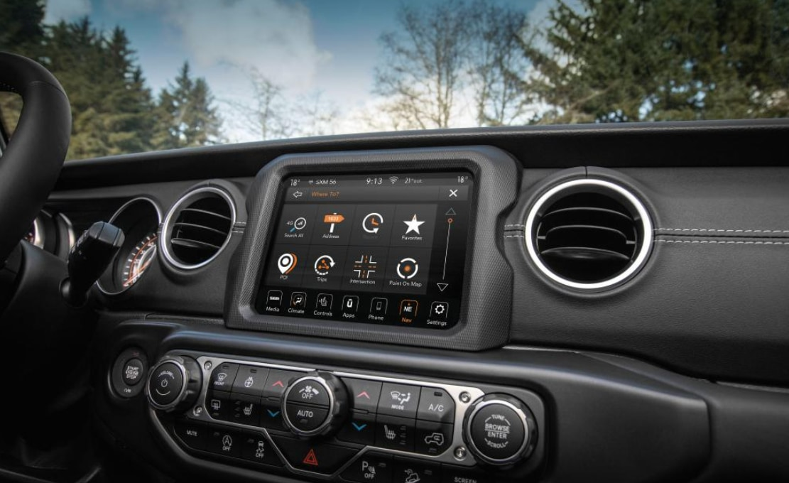 Uconnect Dash In a Chrysler