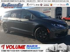 2020 Chrysler Pacifica TOURING L   S PKG   TOW   SAFETY   NAV & MORE!!! Van
