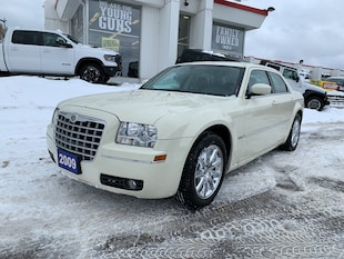 2009 Chrysler 300 4dr Sdn Touring Signature RWD-Sold Sedan