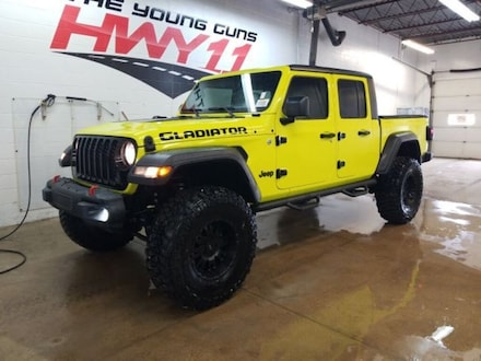 2020 Jeep Gladiator Custom Wrapped With 37 Tires/4.5 Lift-Rare Jeep Truck Crew Cab