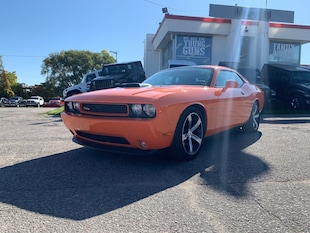 2014 Dodge Challenger R/T-Hemi Shaker-Special Edition-Winter Clearout Coupe