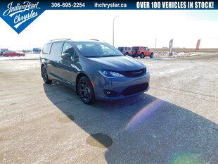 2020 Chrysler Pacifica Touring-L Plus | DVD | Leather | Cruise Control Van