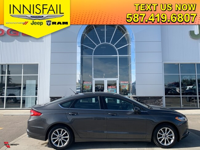 2017 Ford Fusion SE. Very Clean Car, Clean Carfax, Heated Seats, Very Low KM'S, Remote Start, Proximity Key, Blow Out Special