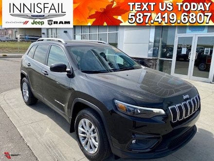 2019 Jeep Cherokee North 4X4 HEATED SEATS! NAVIGATION! VERY LOW KMS!