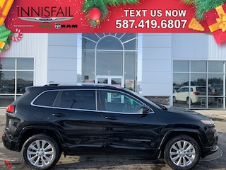 2017 Jeep Cherokee Overland 4x4, Adaptive Cruise, Dual Pan Sunroof, Self Parking, Very Low KM'S, FULLY LOADED, Heated Leather Seats, Heated Steering wheel, Remote Start, Navigation, Plus Much Much More!!!