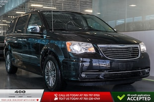 2011 Chrysler Town   Country Limited Sport Van