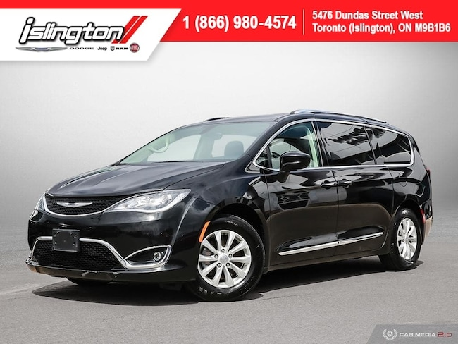 2018 Chrysler Pacifica Touring-L **Spring Special!**