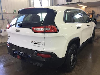 2015 Jeep Cherokee 4WD Sport Véhicule utilitaire