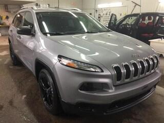 2014 Jeep Cherokee Sport 4x2