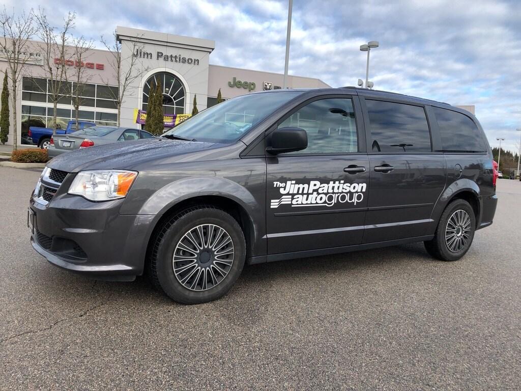 2017 Dodge Grand Caravan SXT,Navigation,Backup Camera,no Accident.